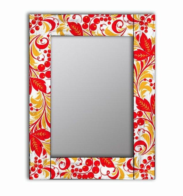 Настенное зеркало Рябина в раме из массива сосны 65х65