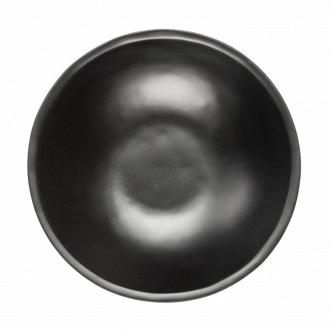 Миска черного цвета