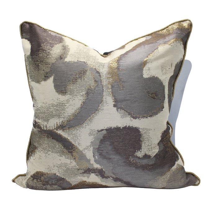 Декоративная подушка Plume с золотистыми и серебристыми нитями