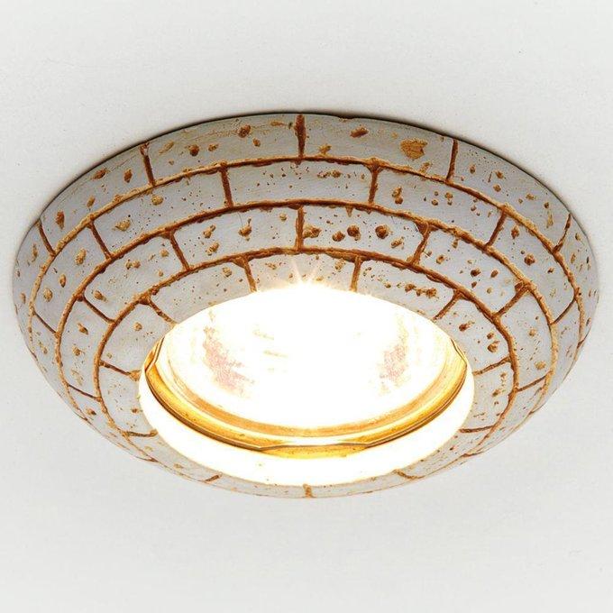 Встраиваемый светильник Desing бежевого цвета