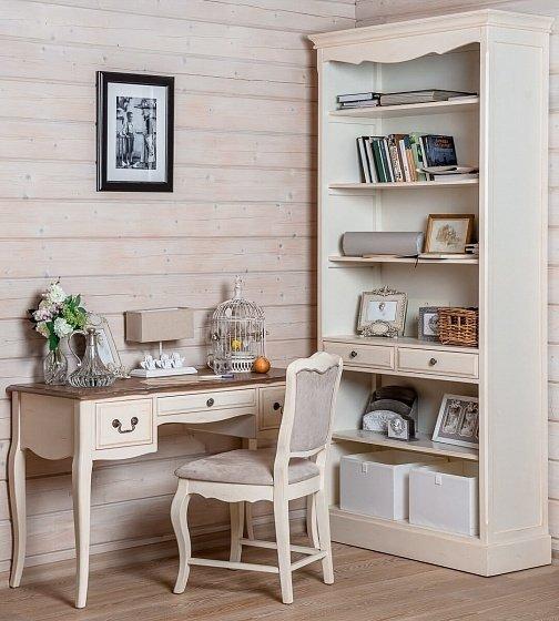 Стол письменный из дерева