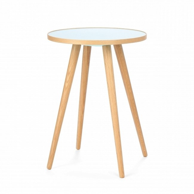 Кофейный стол Sputnik с круглой столешницей из пластика