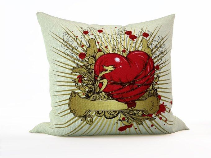 Диванная подушка: Сердечные муки