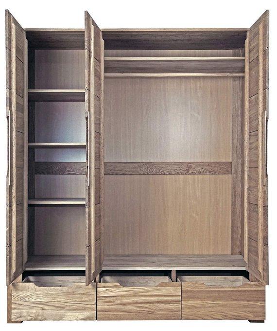 Шкаф трехстворчатый Riva