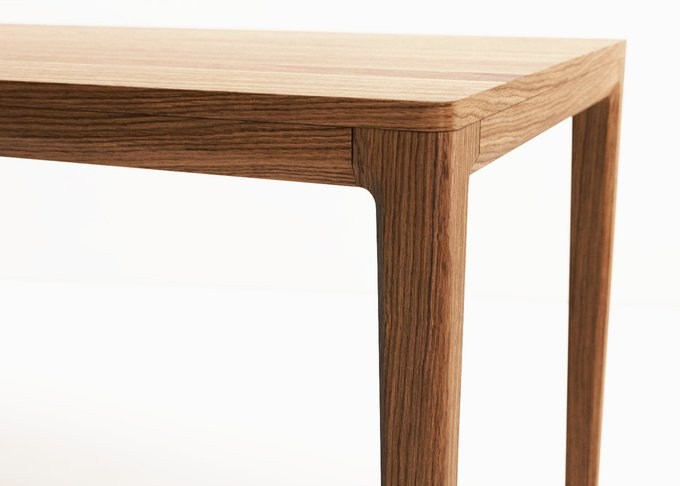 Обеденный стол MAVIS из массива дерева
