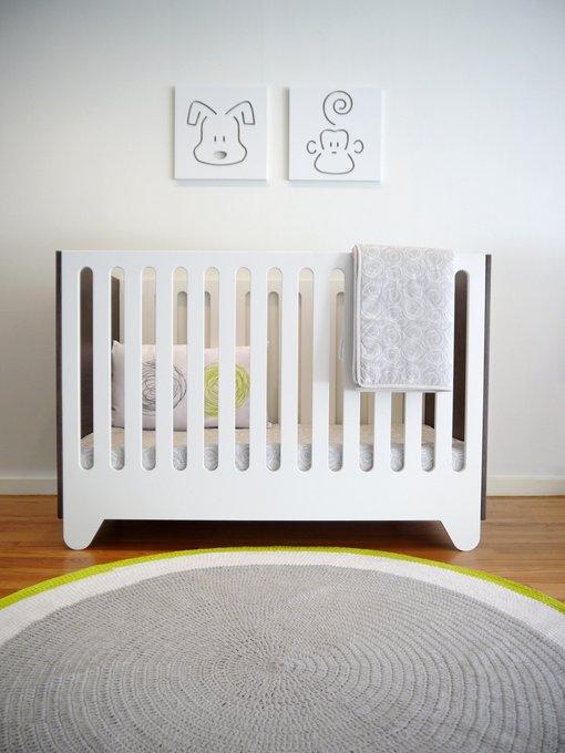 Кроватка Hiya Walnut 70х130 бело-коричневого цвета
