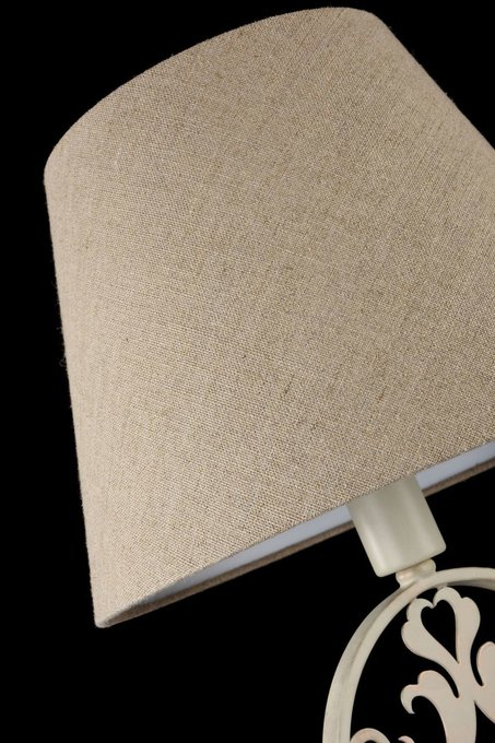 Настольная лампа Rustika бежевого цвета