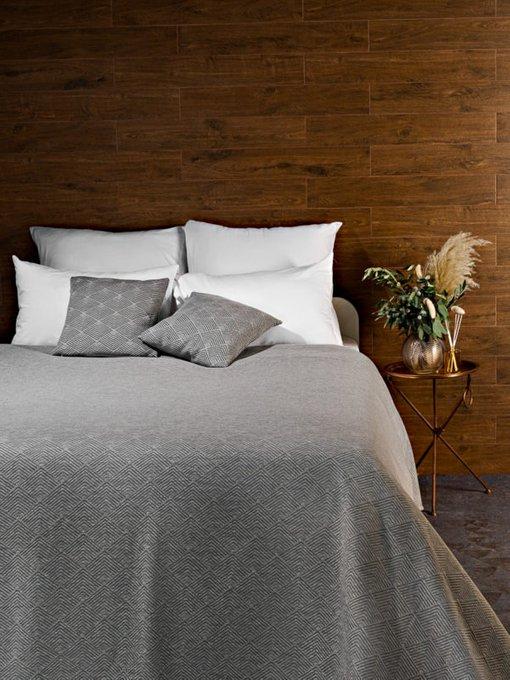 Трикотажное покрывало Adriana grey 210х230 серого цвета