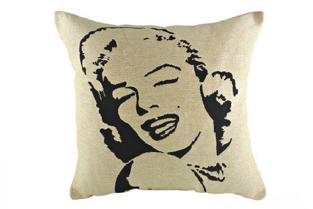 Подушка с портретом Marilin Monroe