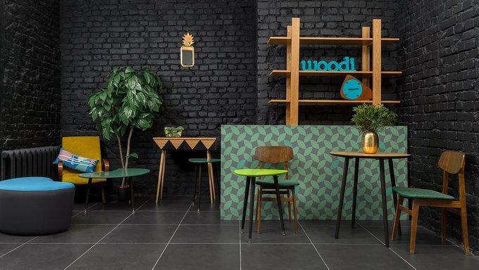 Консоль Woo Desk с узором горчичного цвета