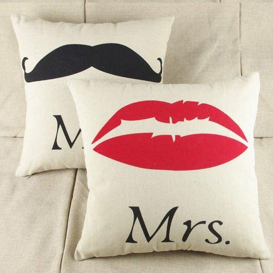 """Mr-усы"" и ""Mrs-губы"" чехлы для подушек"