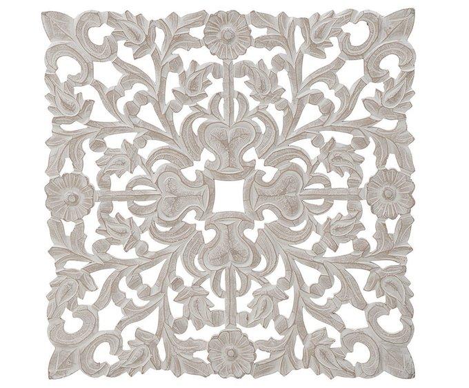 Настенный декор белого цвета