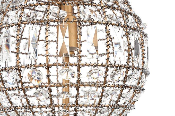 Люстра Casbah Crystal Chandelier украшена хрустальными кристаллами