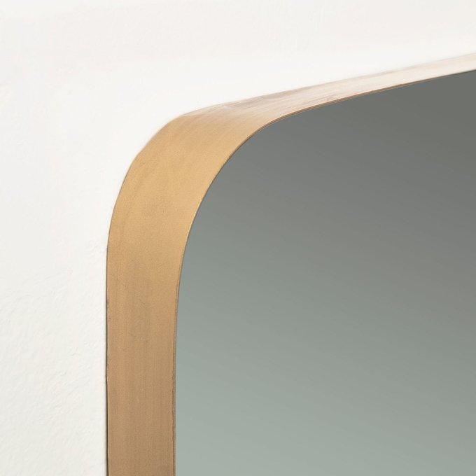 Настенное зеркало Marcus в раме золотого цвета