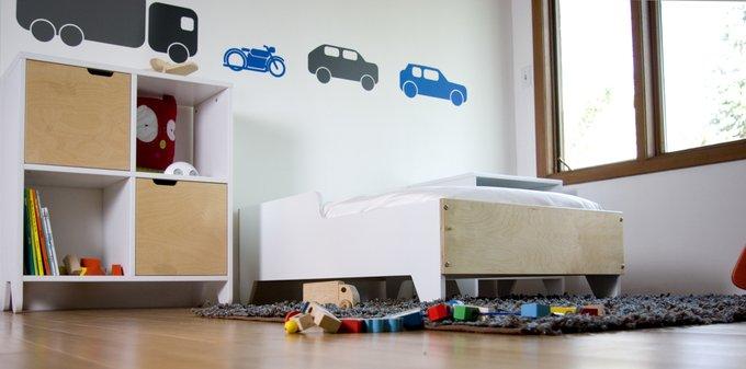 детская кровать Hiya белая Spot On Square 130х70