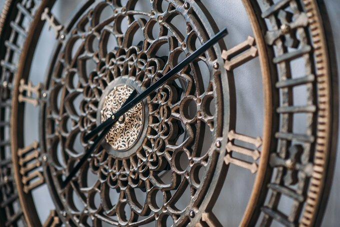 Часы Tower gold