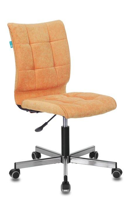 Кресло компьютерное Бюрократ оранжевого цвета