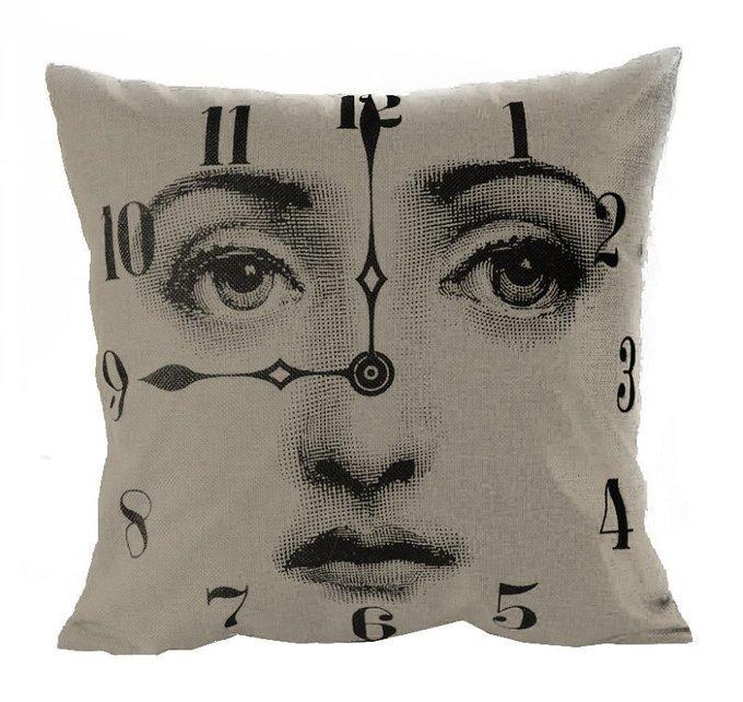Подушка с портретом Лины Пьеро Форназетти Clock