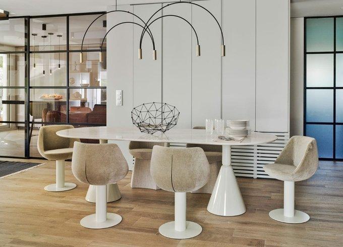 Обеденный стол Pion из массива кленового дерева