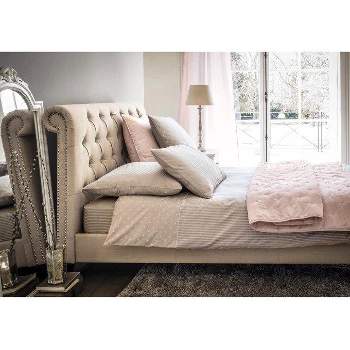 Пышное покрывало Aeri светло-розового цвета с вышивкой 230x240