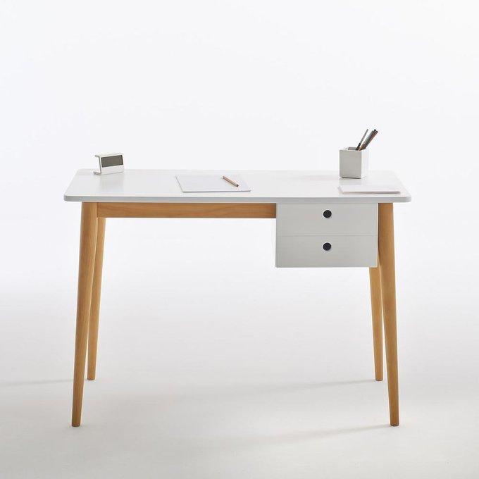 Письменный стол Jimi на ножках из массива сосны