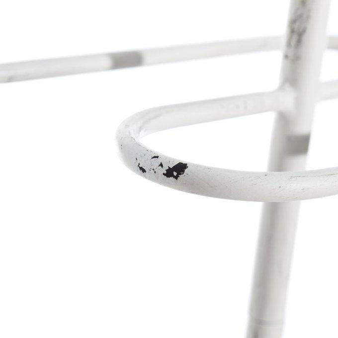 Вешалка напольная из металла белого цвета