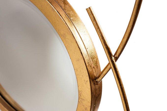 Настенное зеркало металлическое золотое