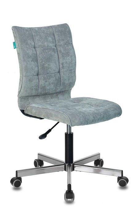 Кресло компьютерное Бюрократ серо-голубого цвета