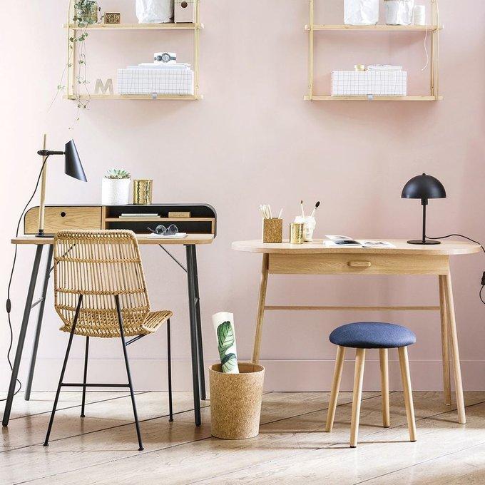 Письменный  стол Anda округлой формы
