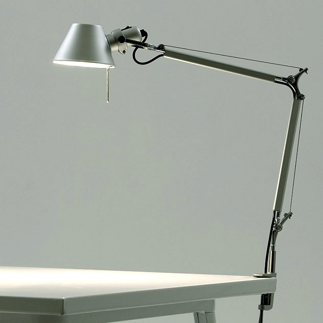 Настольная лампа Tolomeo