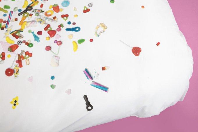 """Комплект постельного белья """"Конфетный взрыв"""" 150х200"""
