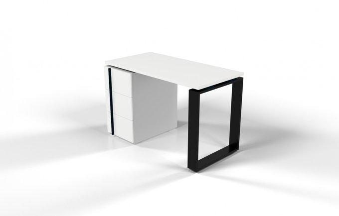 Рабочий стол для персонала белый с черной проставкой