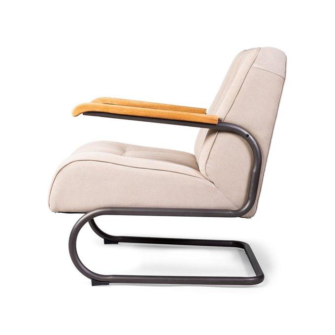 Кресло Parelthon бежевого цвета