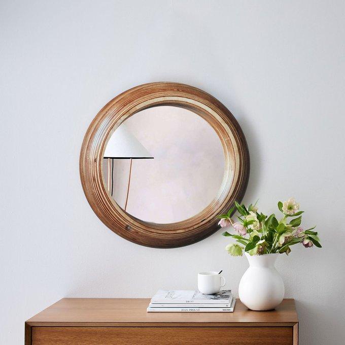 Зеркало Round в деревянной раме
