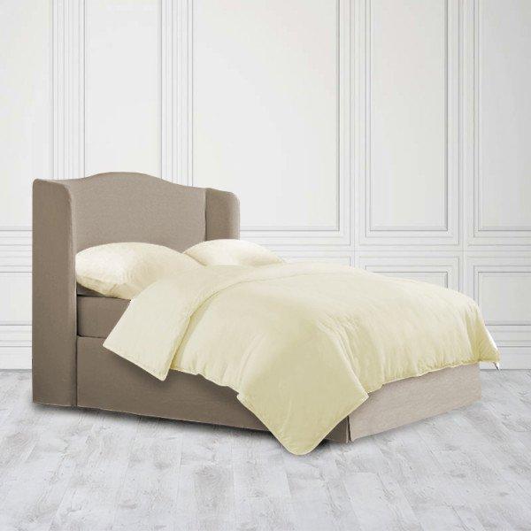 Кровать Cedar из массива с обивкой коричневого цвета