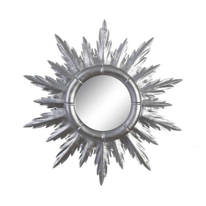 Зеркало настенное серебристого цвета