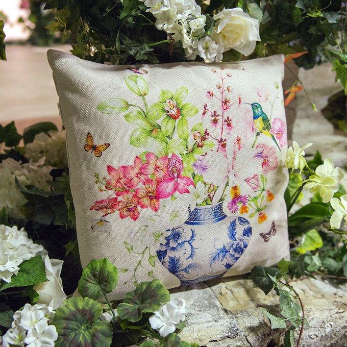 Интерьерная подушка Цветы лайма и фуксии