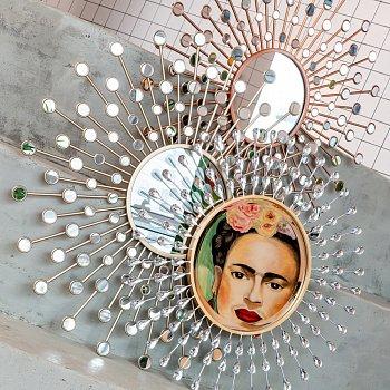 Настенное зеркало Белладжио Голд золотистого цвета