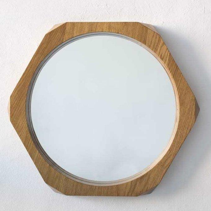 Настенное зеркало Гексагон в деревянной раме