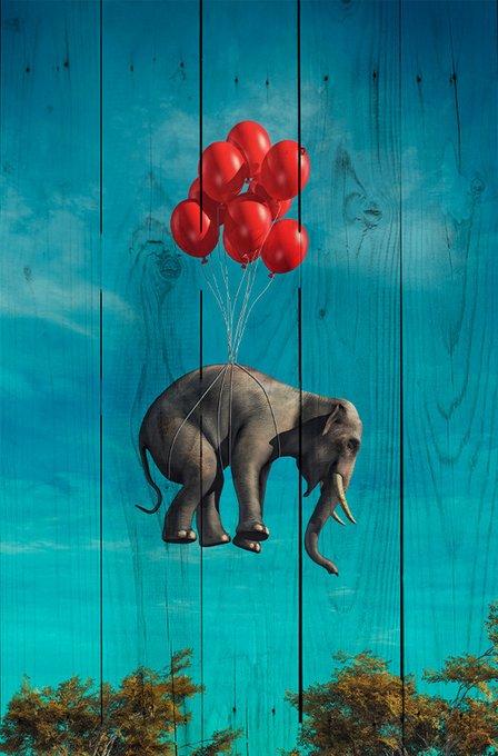 Картина Летящий слон на дереве в стиле фэнтези