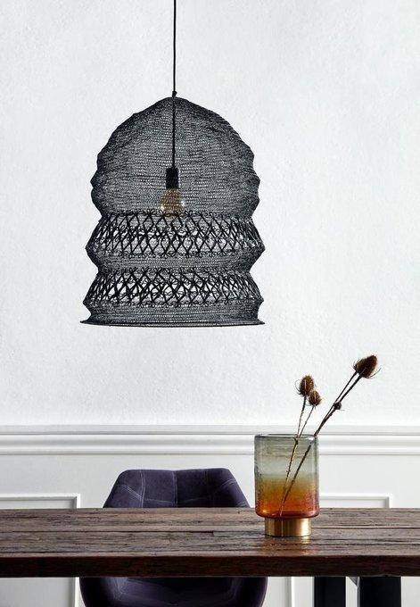 Подвесной светильник черного цвета