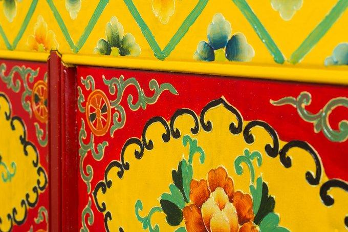 Комод с ручной росписью