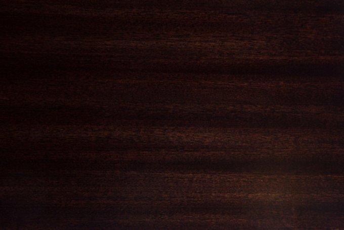 Стол письменный из дерева и металла