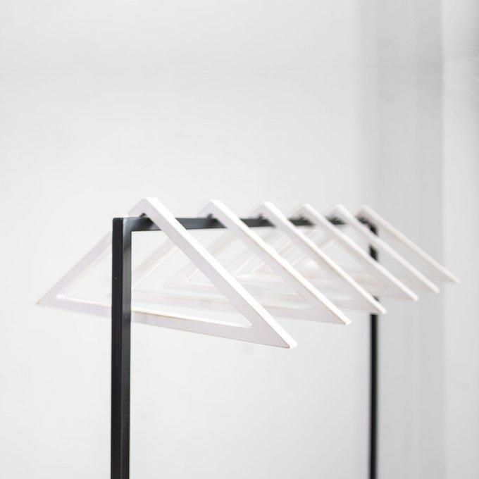 Комплект вешалок Треугольник в белом цвете