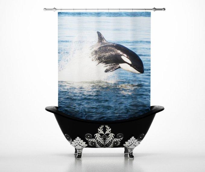 Стильные шторы для ванной: Прыжок касатки