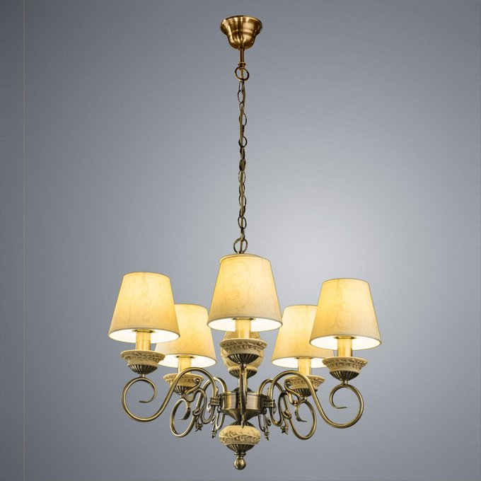 Подвесная люстра ARTE LAMP Ivory с бежевыми абажурами