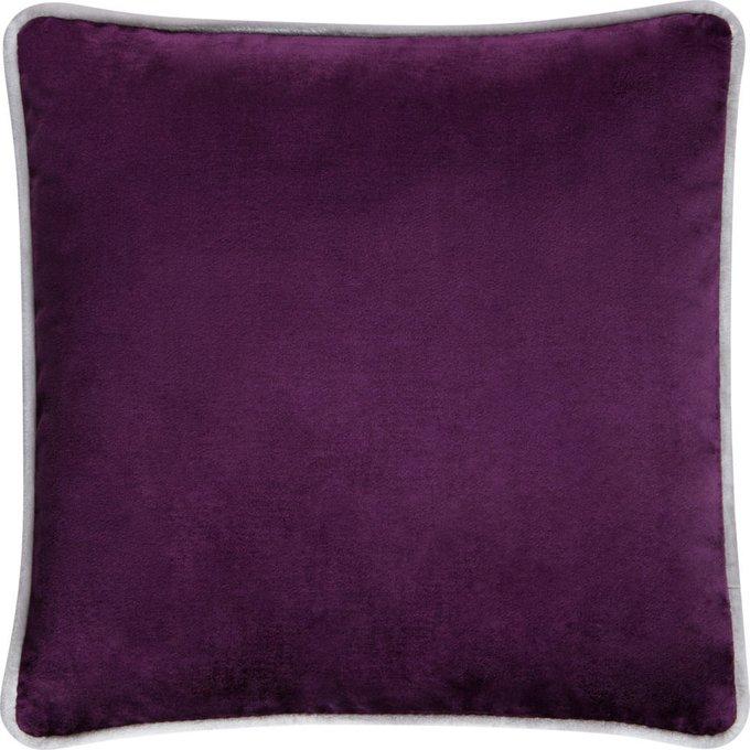 Подушка с обивкой из фиолетовой ткани
