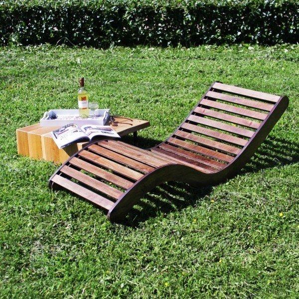 Шезлонг-качалка Lounge из массива дерева