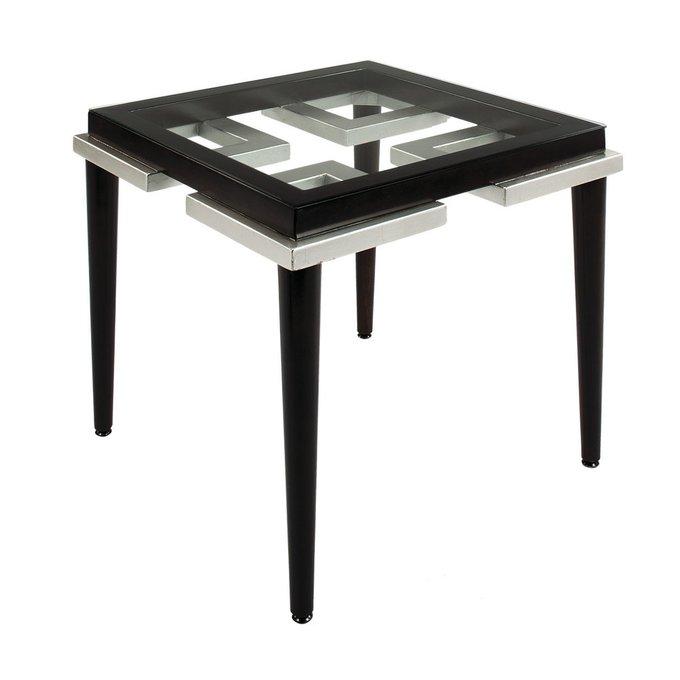 Журнальный стол с столешницей из стекла
