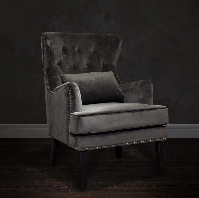 Кресло серого цвета с подушкой